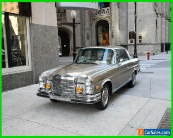 1971 Mercedes-Benz 200-Series Parchment leather for Sale