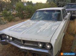 1967 Chrysler Newport 4-door