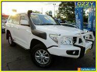 2010 Toyota Landcruiser VDJ200R 09 Upgrade GXL (4x4) White Automatic 6sp A
