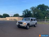 2010 Jeep Commander 4X4 VERY CLEAN RUST FREE RUNS LIKE NEW NO RESERVE