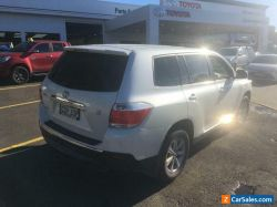 2011 Toyota Kluger Automatic - Good Condition