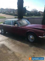 Jaguar v12 auto 1979 sedan . Engine seized car located in Hillside 3037