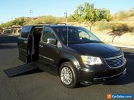 2014 Chrysler Town & Country Touring-L Wheelchair Handicap Mobility Van
