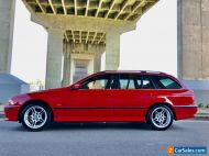 RARE Touring. 2000 BMW e39 6 Cylinder 528i. Immaculate and Red! Books, Sunroof